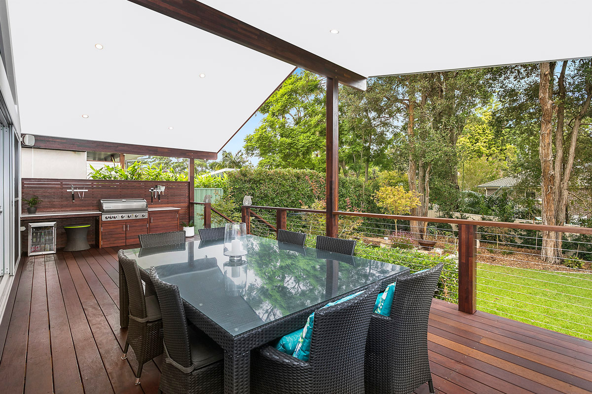 Deck & BBQ - Heathcote renovation by Shire Build