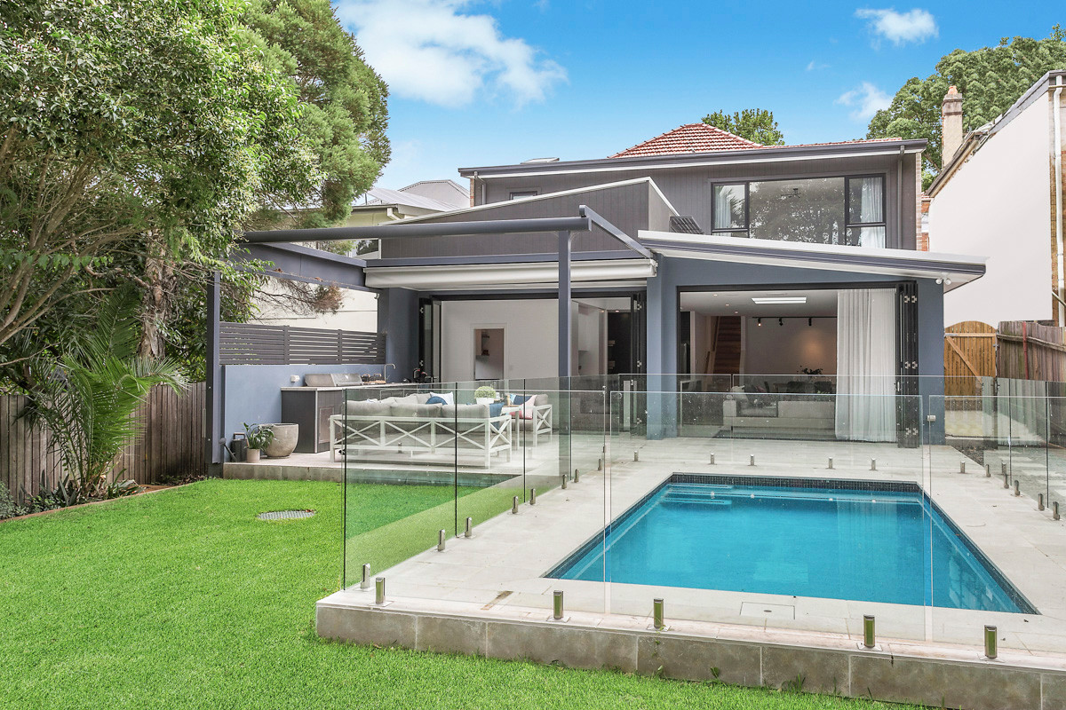 Petersham modern backyard
