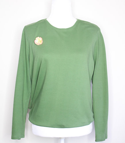 Vintage Light Green Sweater w/ Rose Element, Size M