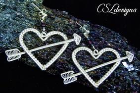Wirework valentines set earrings lying d