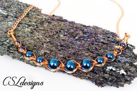 Egyptian style wirework necklace 1.jpg