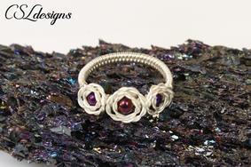Rosebud wirework ring 1.jpg