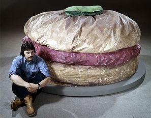 Claes Oldenburg'Floor Burger' 1962 - Co