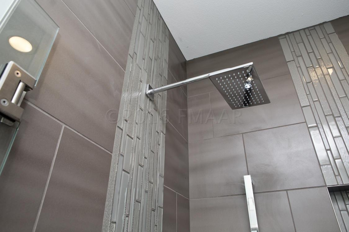 Model Master Shower