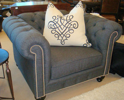 Tufted Linen Accent Chair