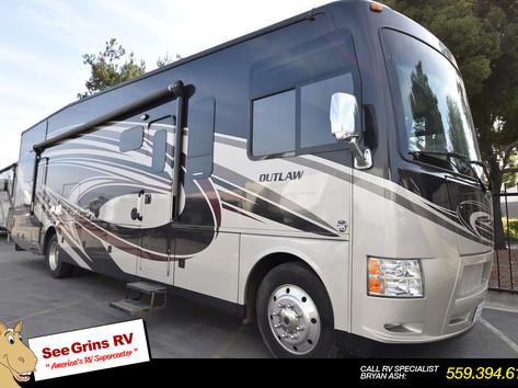 2016 Thor Motor Coach Outlaw 37LS – 5857A