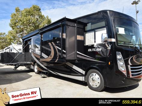 2019 Thor Motor Coach Outlaw 37GP – 5962