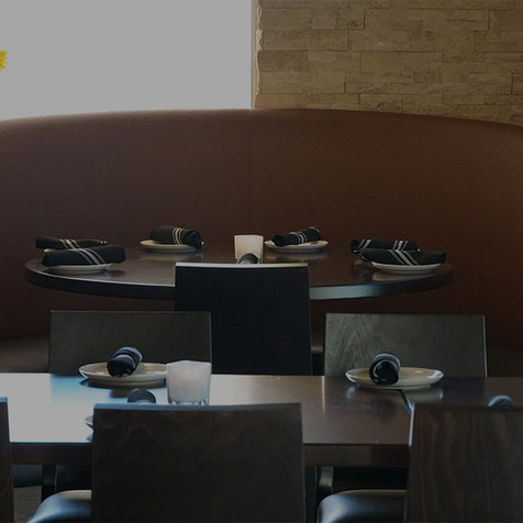 5-restaurant-dining-table.jpg