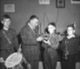 Art Christmas - Music Teacher