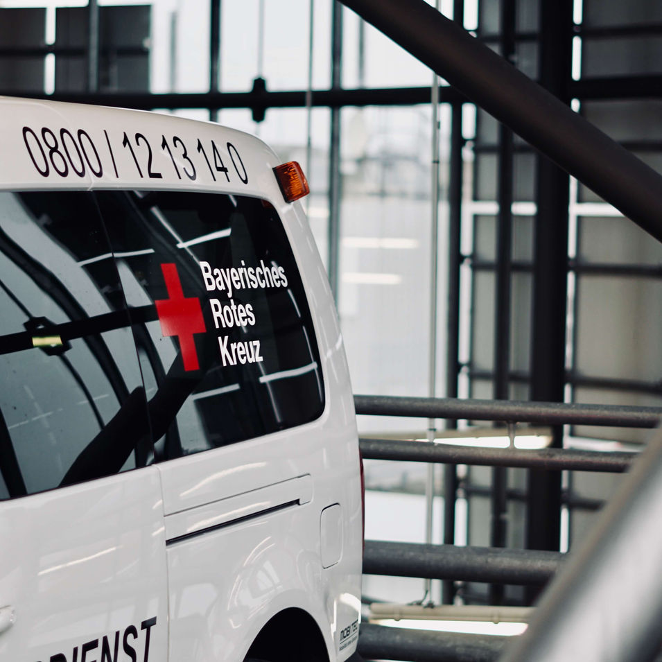 lothar bartolf media | foto neu ulm | bayerisches rotes kreuz fahrdienst