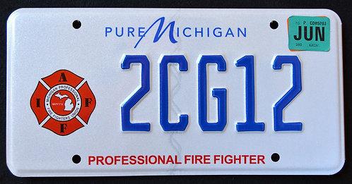 MI Professional Firefighter - Pure Michigan - 2CG12