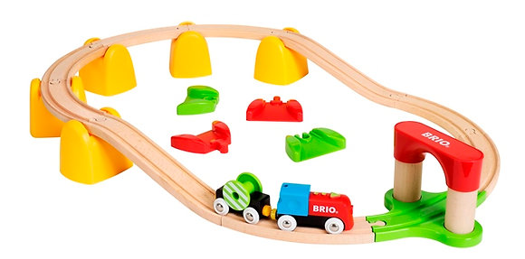 My first battery-operated railway - Brio