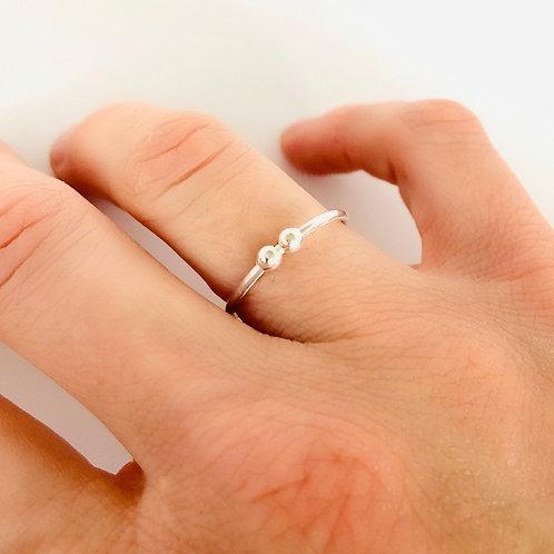 Yin Orbitz Fidget Ring by Lux + Luca Jewelry Co