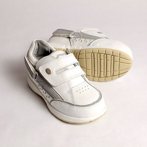 Freestyle Kids Shoes - White/Gray by Hatchbacks
