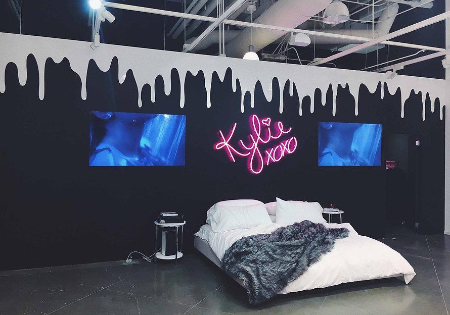 kylie_cosmetics_Shopify_Content_Chrillek