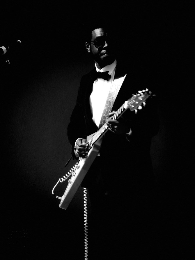 Stephen Hull, the future and the past, The Blues. New exclusive artist available for Europe and Sout