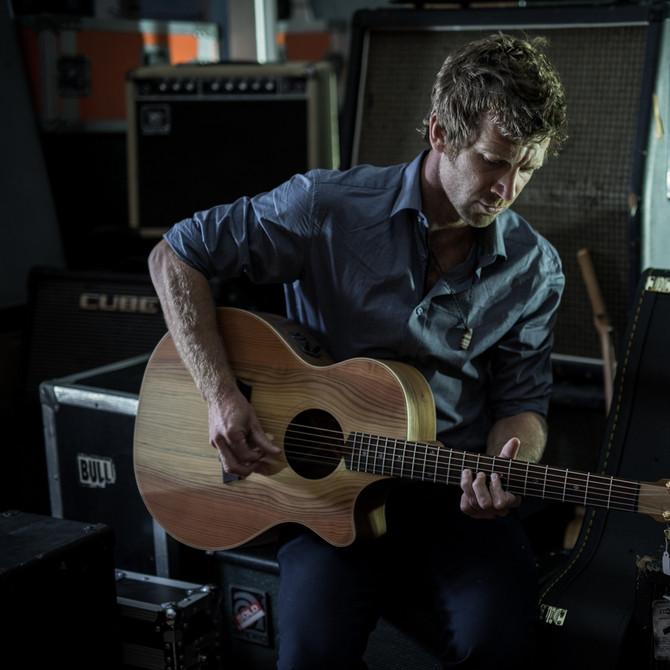Owen Campbell (Australia)  Disponible España 20-30 de Marzo 2018