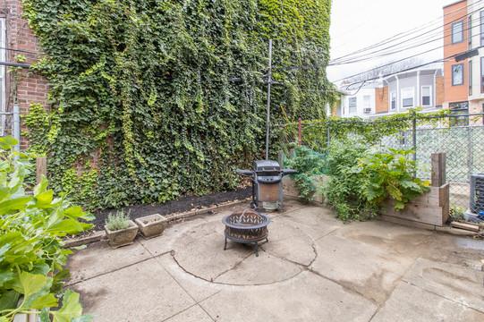 51st Street Twin - Yard + Vegetable Garden