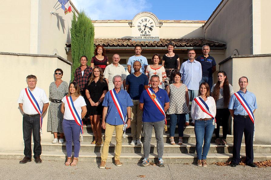 La_nouvelle_équipe_municipale_02.jpg