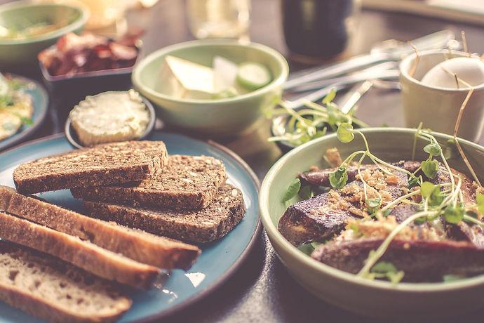 bread-2178874_1920_edited.jpg