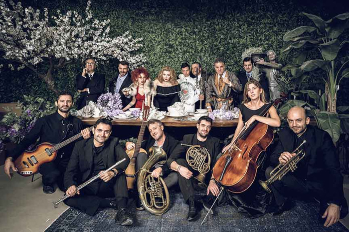 Full-Cast-+-Music-σμαλλ.jpg