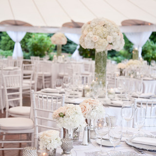 floral design for table settings