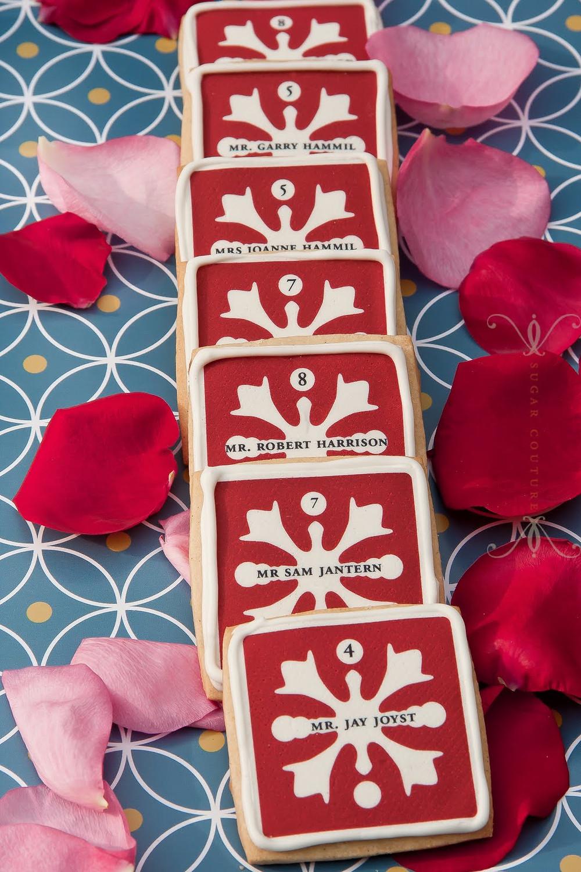 Sugar cookies used as escort cards