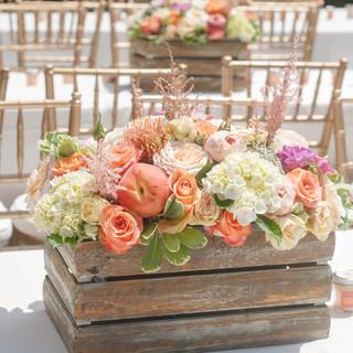themed floral centerpeice