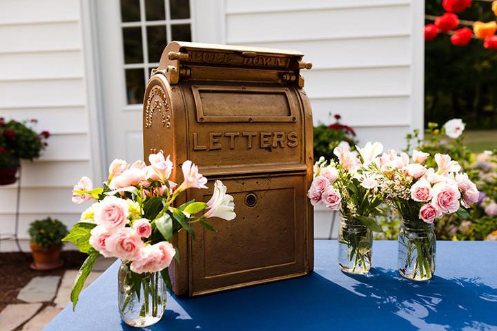 vintage mail box as a card box