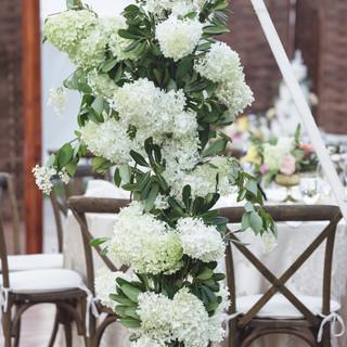 floral design on wooden post