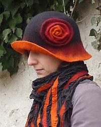 voros.fekete.sal.kalap.ucu.jpg