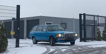 Einfahrt Winter 2020.jpg