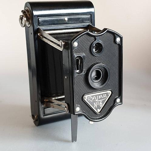 Rajar No 6  APEM bakelite camera Vintage 1930s, good condition