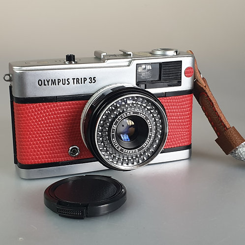Olympus Trip 35 fully serviced, custom with real leather RED Lizard effe