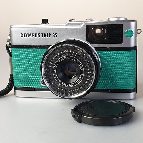 Olympus Trip 35. Green cover.