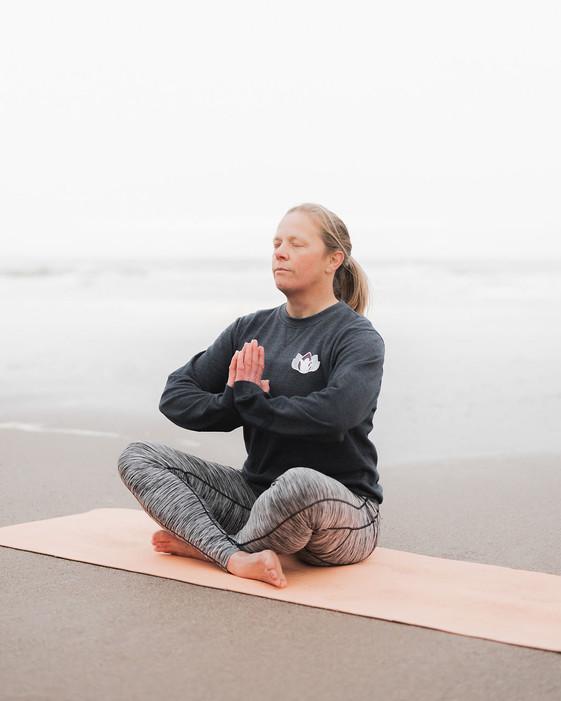 happy-seal-yoga-website-10.jpg