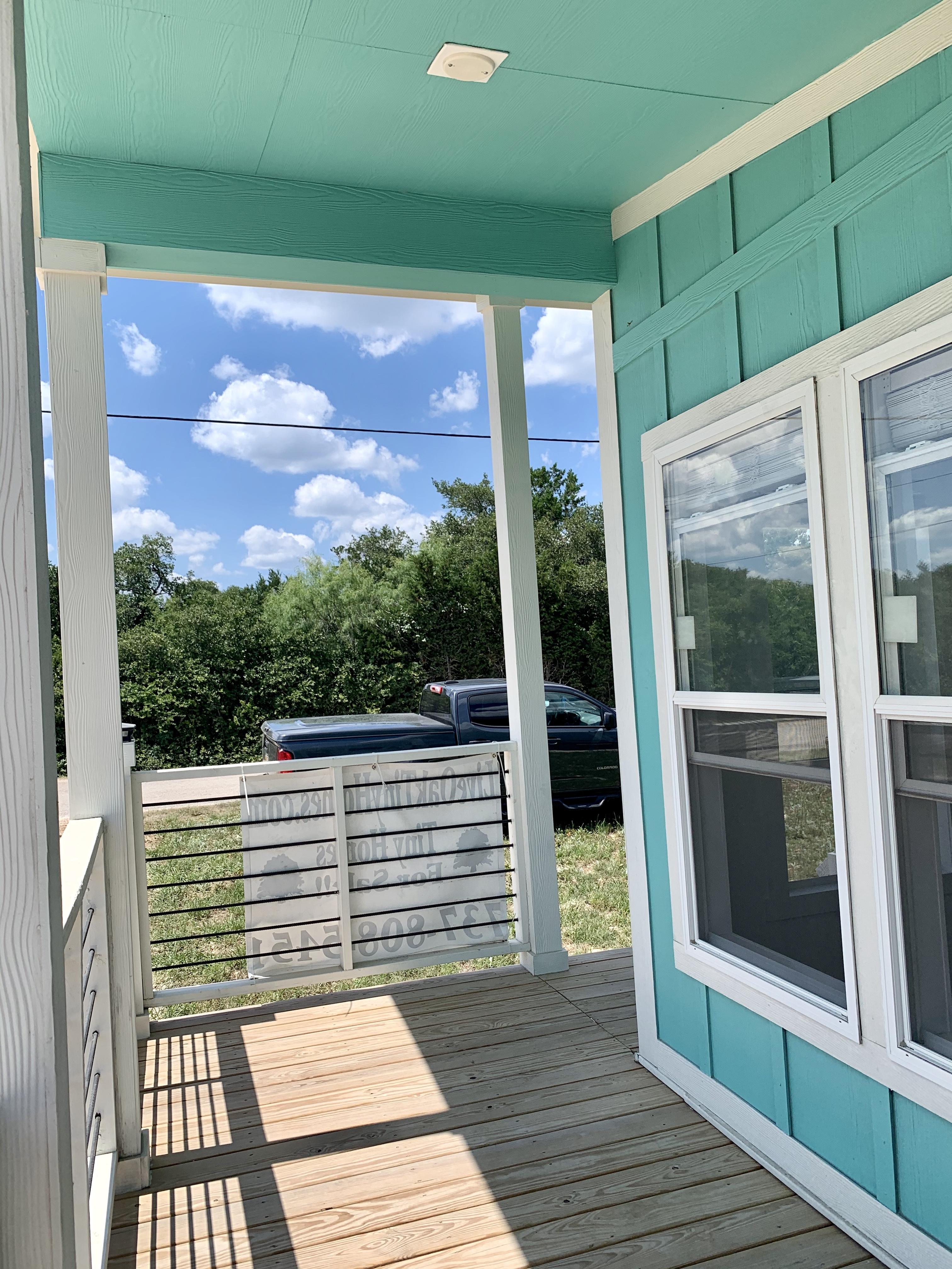 6ft side porch