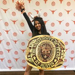 Lesly Cruz - UT Austin Senior