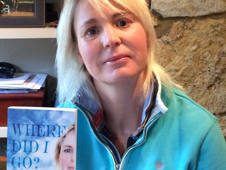 Welcome to my November guest author Polly Williamson