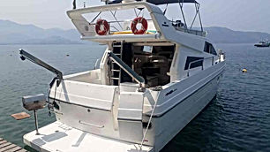 Aluguel de Lancha em Angra Intermarine 4