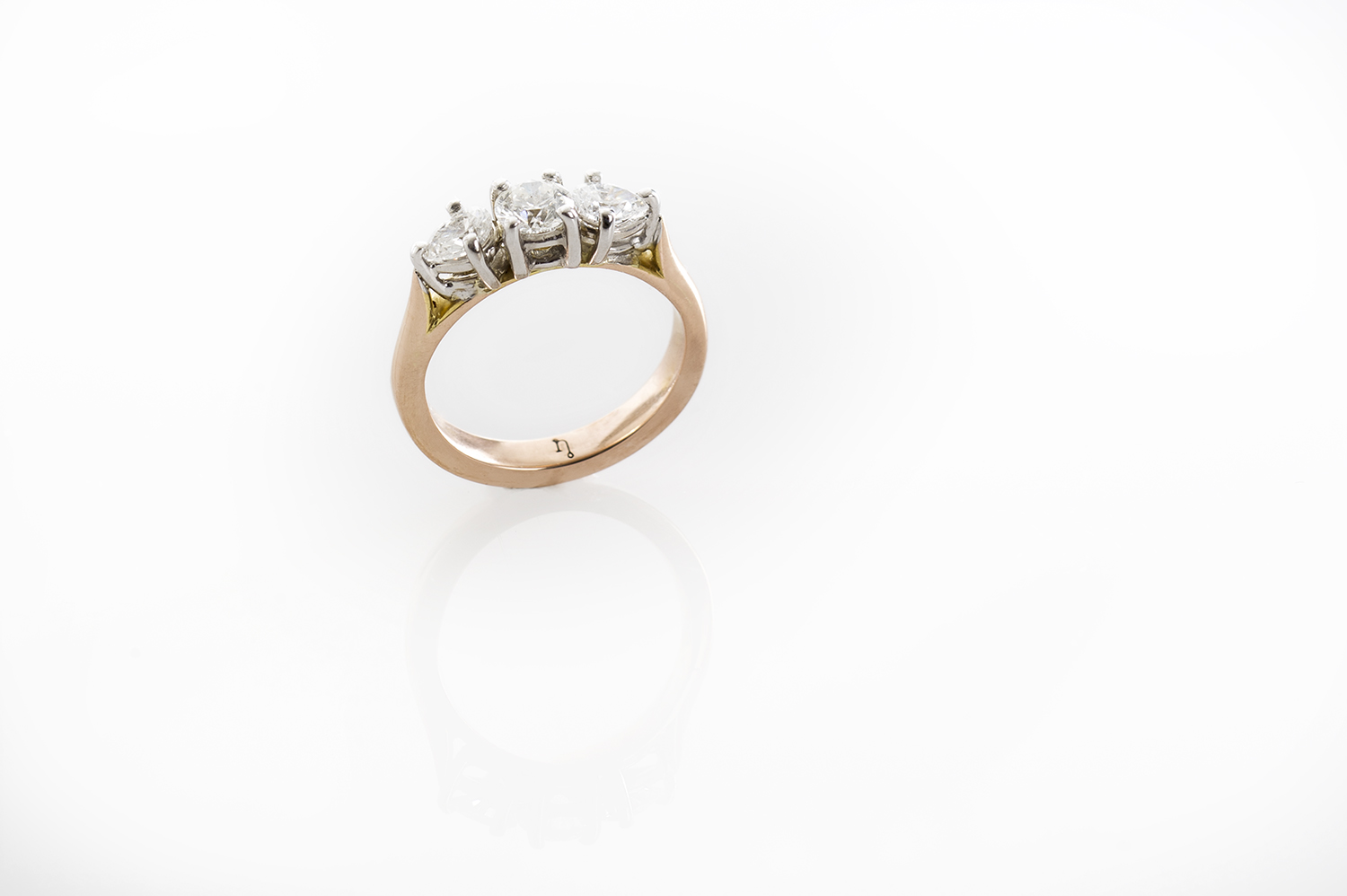 Diamonds Rose and White gold