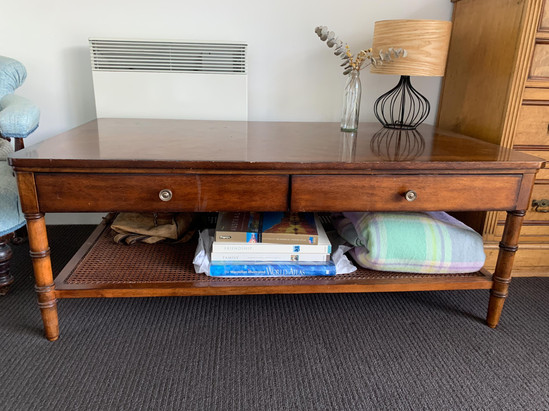 10. COFFEE TABLE  +  ROOM HEATER