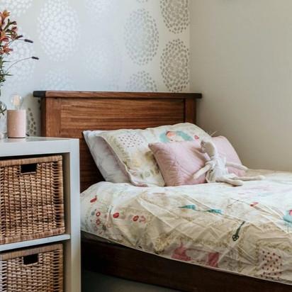 2. SINGLE BED + BED HEAD + MATTRESS x 1