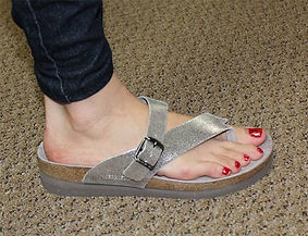 Comfortable-Sandals-and-Flip-Flops-Suppo
