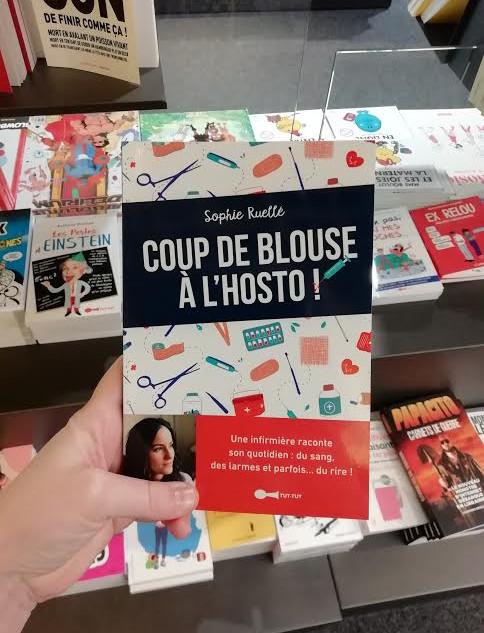 """Couverture livre """"Coup de blouse à l'hosto"""" - Editions Leduc.s -"""