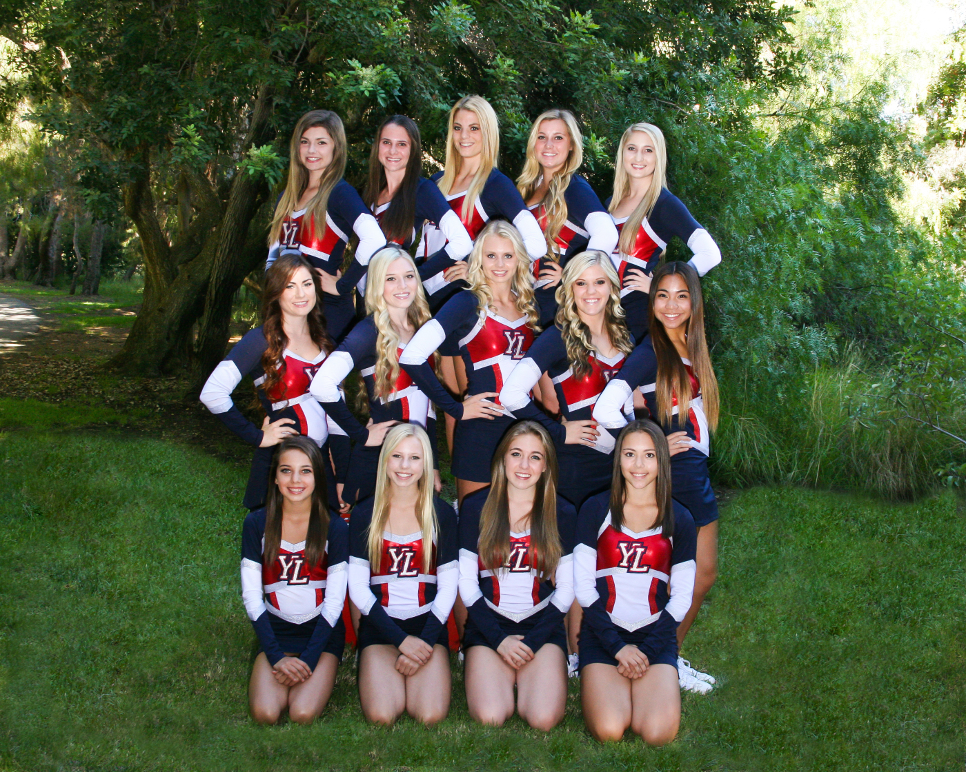 varsity-cheer-yearbook