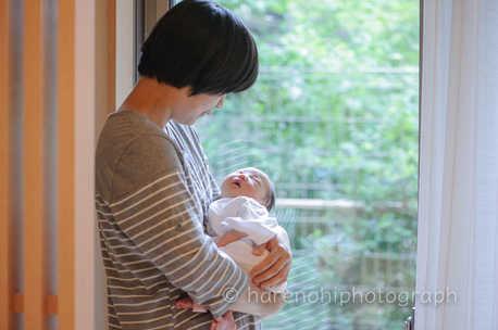 出産撮影、ニューボーンフォトのハレノヒ写真。院内撮影11