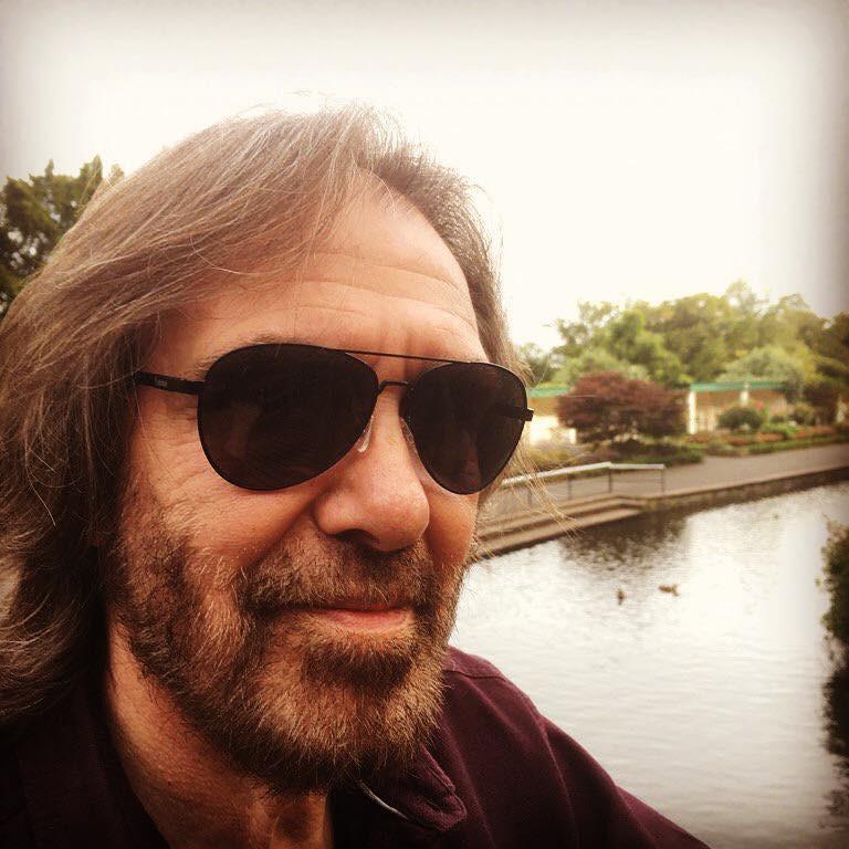 Dr Hook's Dennis Locorriere   Selfie   Malvern UK   2017
