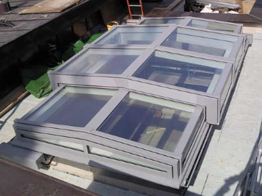 Bi-Parting Opening Roof / Rooflight