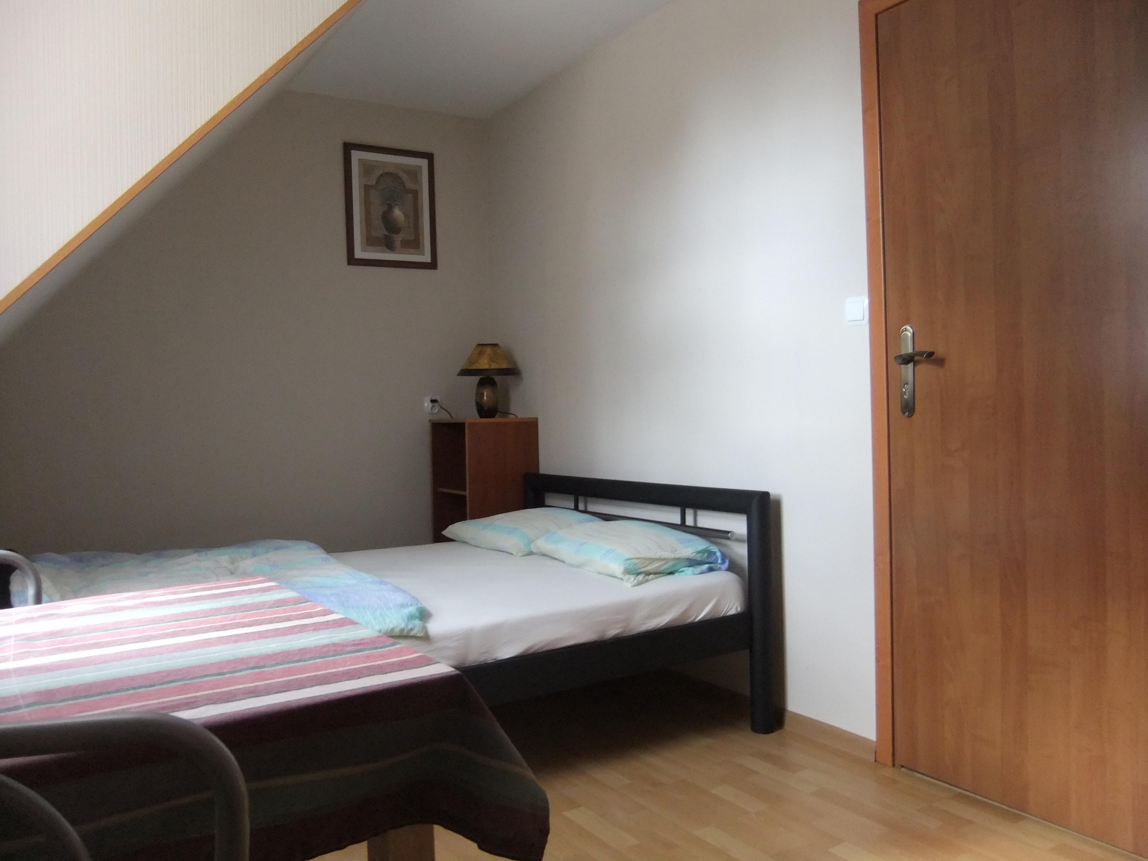 regular room 2.jpg